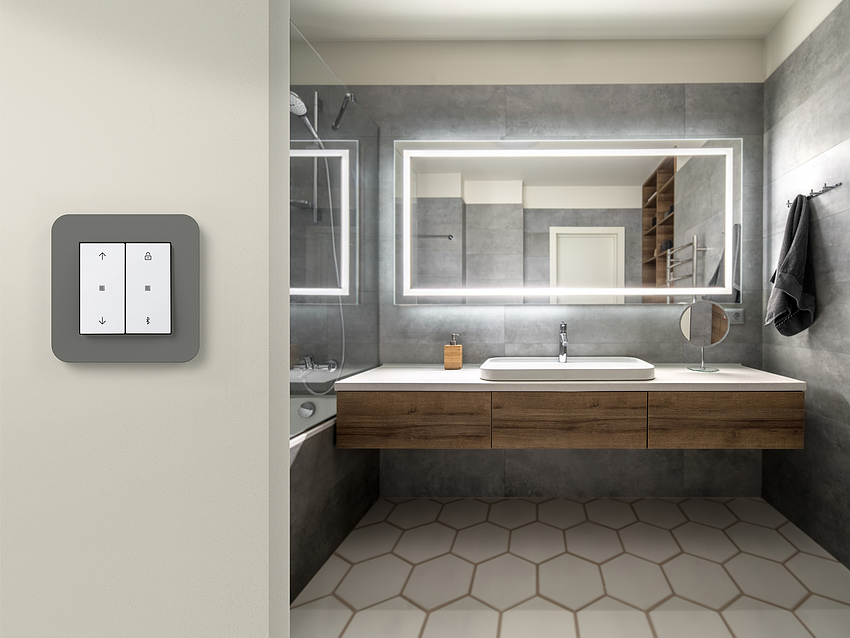 Gira KNX Taster Badezimmer bei Elektro Sasse Bremerhaven