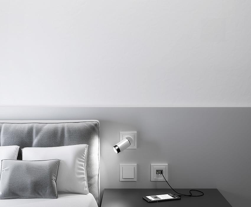 Gira Plug and Light Bett bei Elektro Sasse Bremerhaven